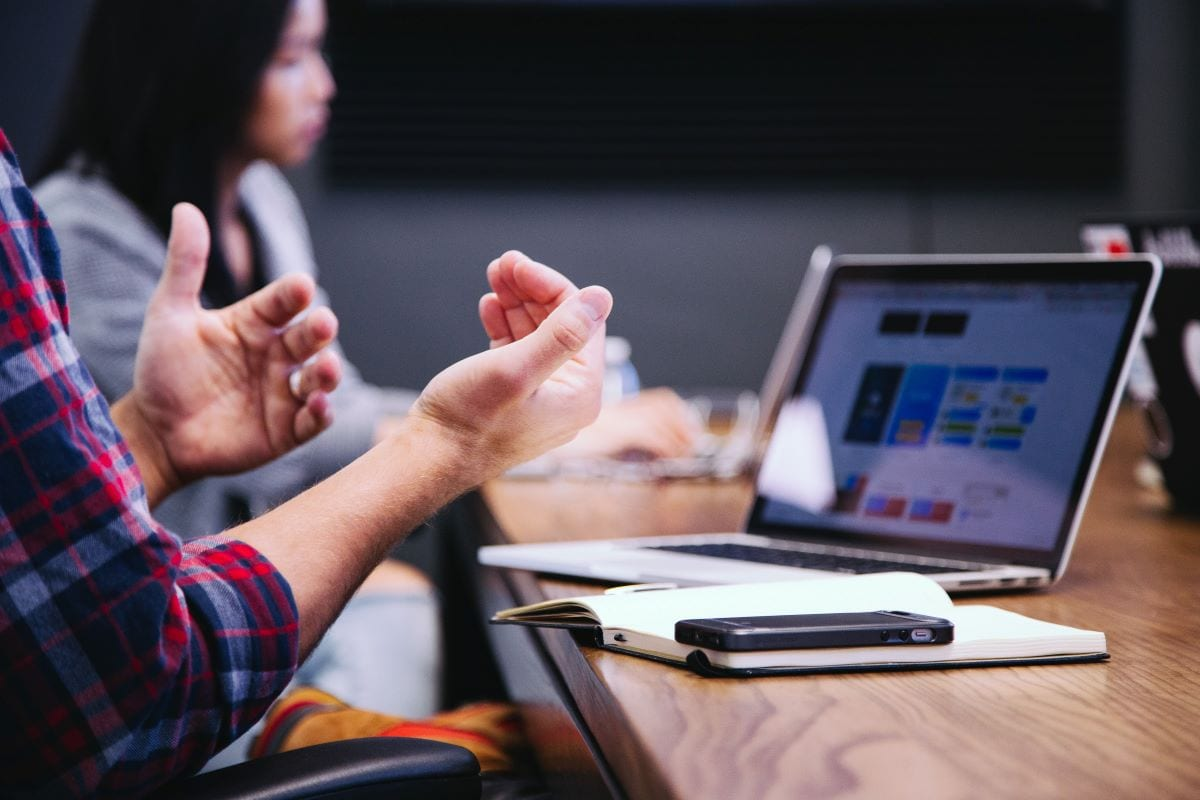 StrategyDriven Customer Relationship Management Article |Client Relationship|5 Ways To Make Sure A Solid Relationship With Clients Is Built