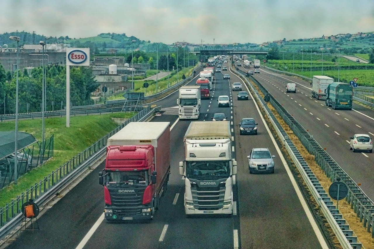StrategyDriven Tactical Execution Article |Truck Driving Safety|Truck Driving Tips: Safety Rules for a Long Haul