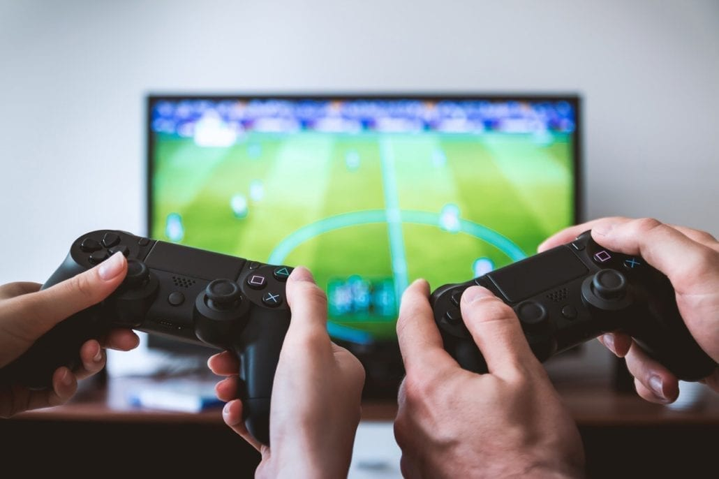 marketing video game console and shoppers The video game console market is another important marketing tool is to present its product by computer and video games trade shows chapter marketing strategy.