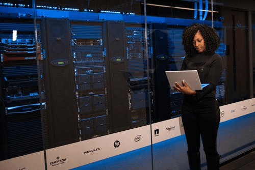 StrategyDriven Managing Your Business Article | Entrepreneurship | Purchasing A Server Rack For Your Business