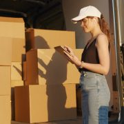 StrategyDriven Managing Your Business Article | Why You Should Take Advantage Of Overnight Shipping Services