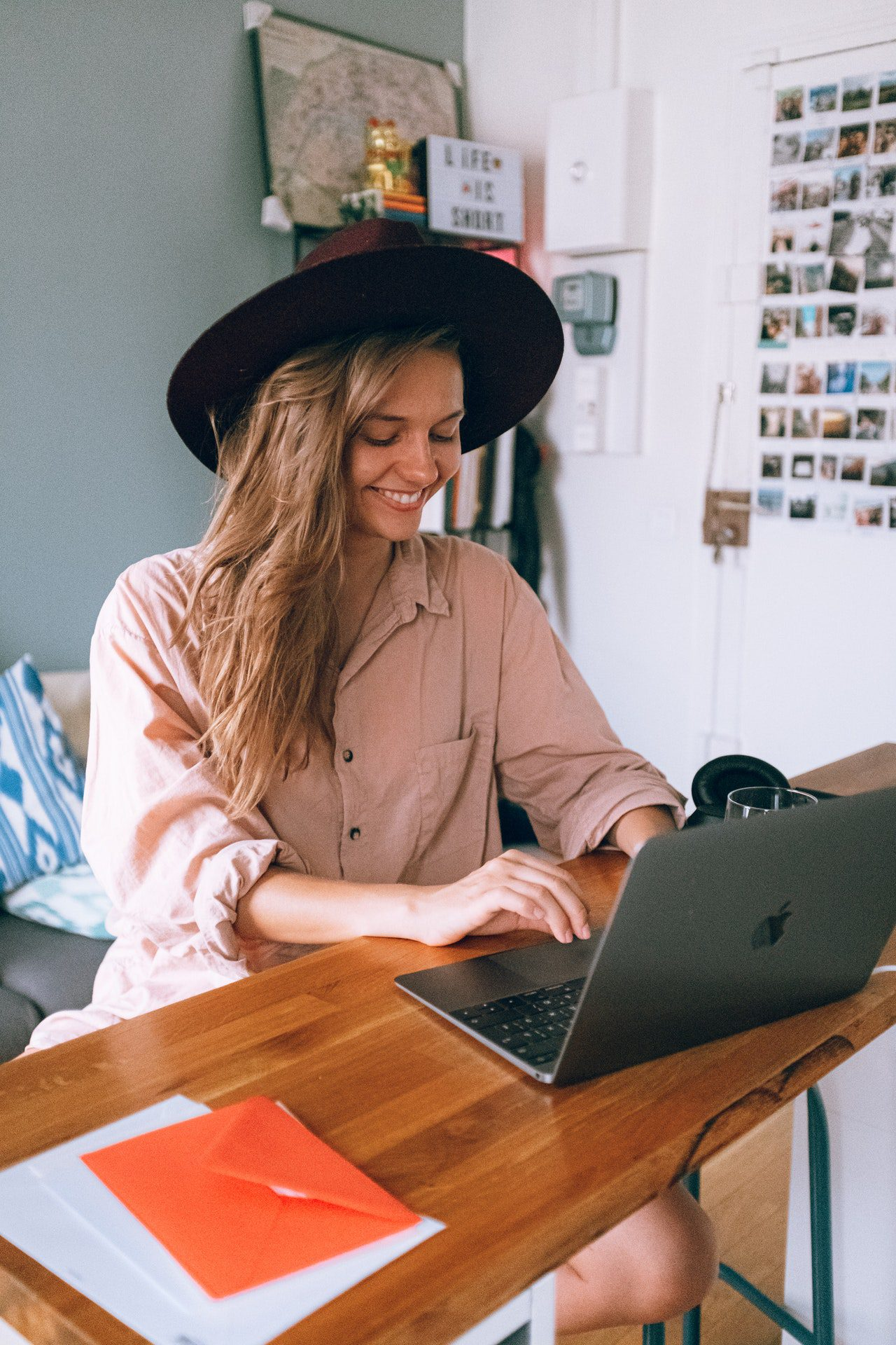 StrategyDriven Entrepreneurship Article | 4 Things to Consider Before Becoming a Freelancer