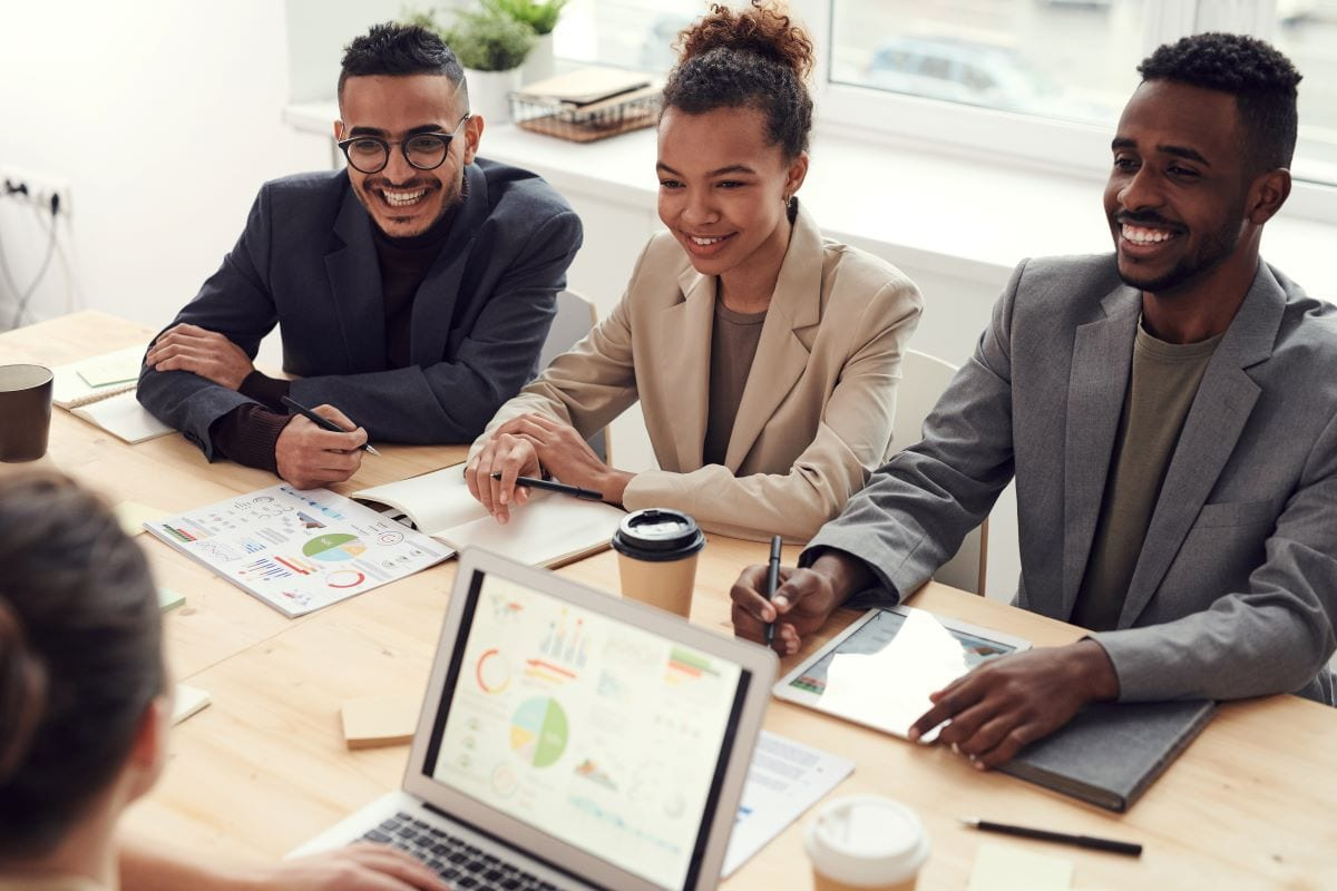 StrategyDriven Managing Your People Article |Improve Employee Performance|5 Tips Guaranteed to Improve Employee Performance