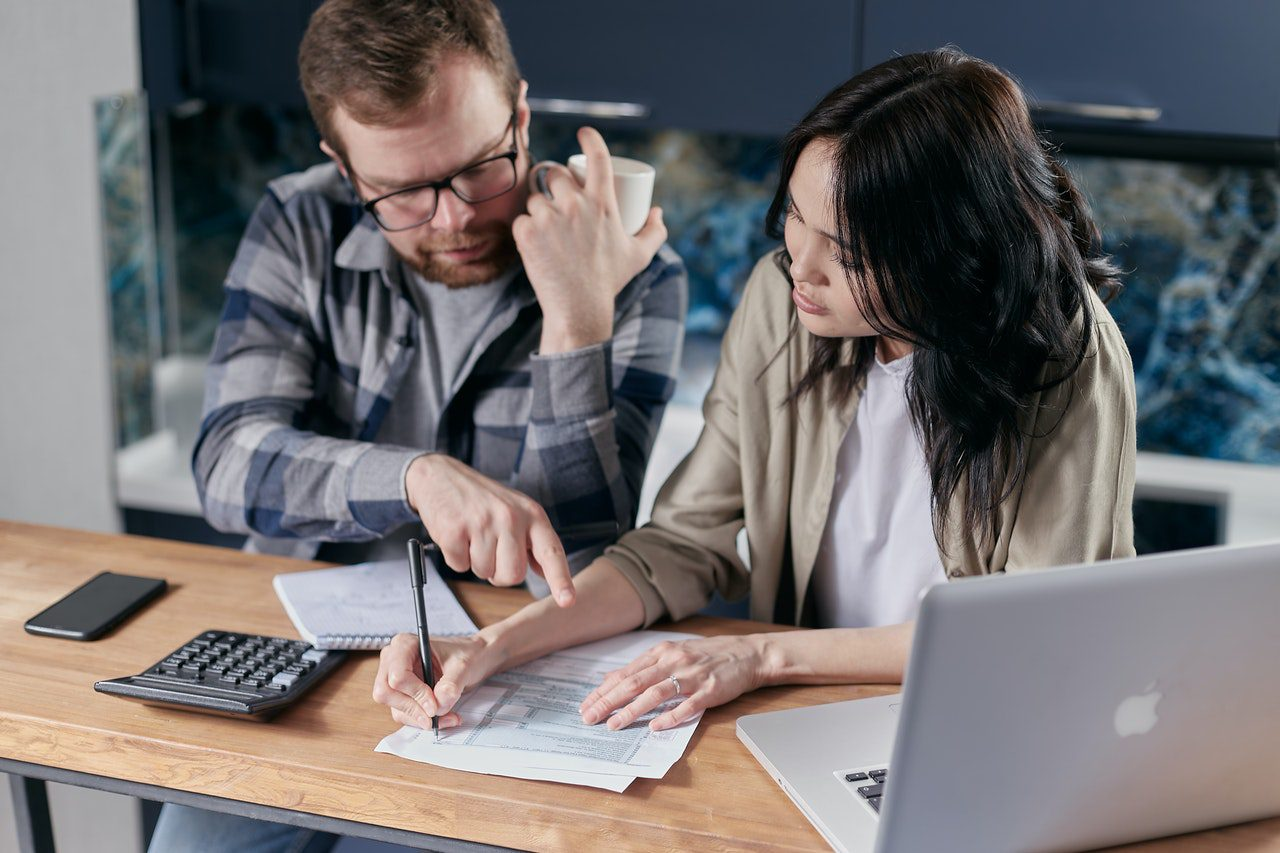 StrategyDriven Managing Your Finances Article | Why Traditional Invoicing Is a Bottleneck: Do These 4 Things to Remedy It