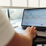 StrategyDriven Entrepreneurship Article | What is the best CFD Trading Platform?
